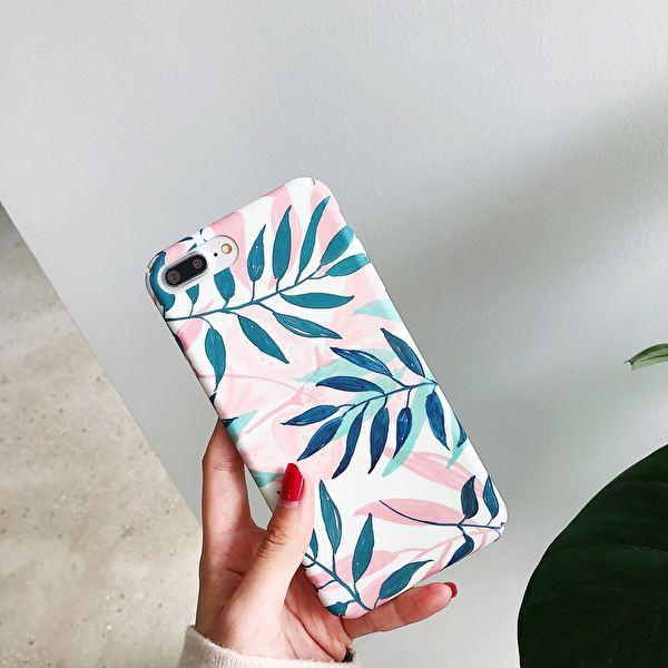 Snyggt iPhone XS skal i hårdplast med växter