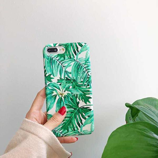 Snyggt iPhone XS skal i hårdplast med gröna växter