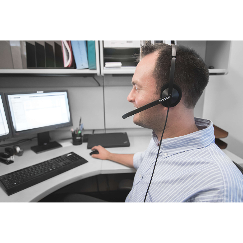 KOSS Headset CS200-USB On-Ear Mic Svart b682e8510ca8f